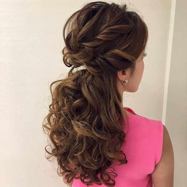 101 Beautiful Bridesmaid Hairstyles For Perfect Wedding